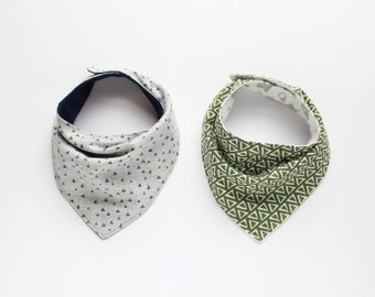 Bandana Bib, Set of 2, Reversible, adjustable snaps, newborn baby, toddler boy bib, boy drool bib, *FREE domestic shipping, made to order