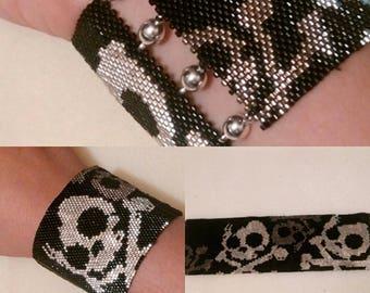 skull peyote stitch cuff
