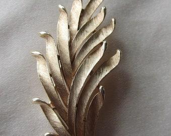 Vintage  gold tone signed Trifari leaf brooch