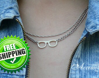 Retro Glasses necklace Spectacles Preppy necklace Hipster jewelry Delicate Necklace Simple Daily jewelry Tiny Charm minimalist Necklace