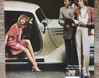 1975 Hanes Sheer Pantyhose Stepping Out On A Saturday Night Remember Print Ad