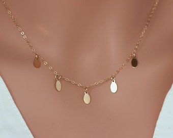 Tiny 14k Gold Fill Disc Necklace - little oval disc necklace gold chain - Tiny gold drop  necklace - Celebrity Disc Necklace - little disc
