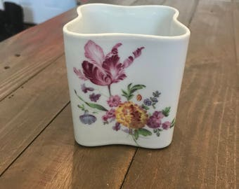 Small Inarco Japan Planter