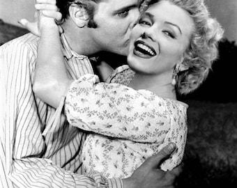 Marilyn Monroe & Elvis Presley in a great fantasy photo . # 2