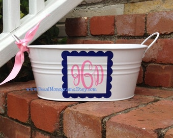 Scalloped Square Monogrammed Vinyl Decal