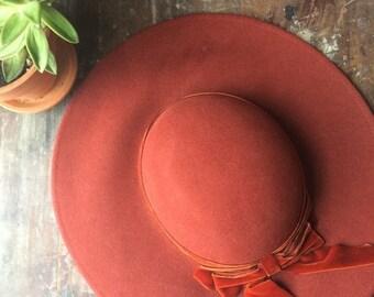 spring sale // 20% off // vintage rust wool hat // liz claiborne orange derby hat // velvet ribbon