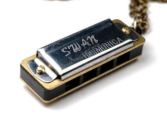 Harmonica Necklace Miniature small Silver metal playable Harmonica Necklace