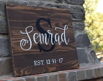 Last Name Sign | Custom Sign | Personalized | Farmhouse Decor | Wedding Gift | Hand Painted