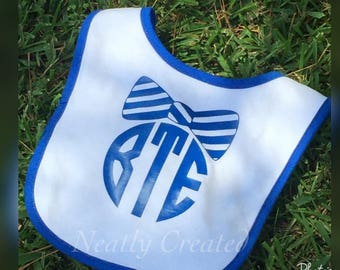 Circle Monogram Baby Bib with Bow Tie - Monogram Bibs - Personalized Baby Bib - Baby Bibs
