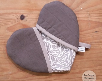 Pot holder - gray heart