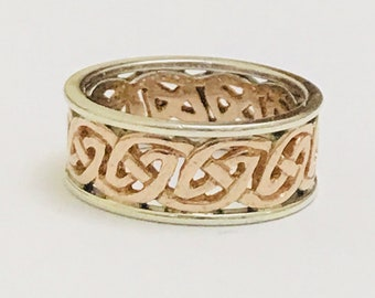 Stunning vintage 9ct rose & while gold Celtic patterned ring - fully hallmarked
