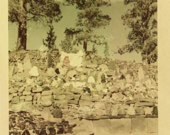 Vintage photo 1952 Unusual Color Snapshot Strange Landscape Rock Wall
