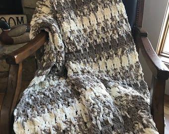 New Handmade Super Soft Chenille-Like Throw Large Crochet Blanket Sandcastles White Sand Extra Long