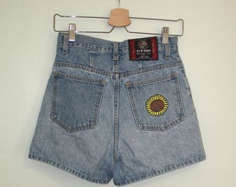 High-waisted Denim Shorts