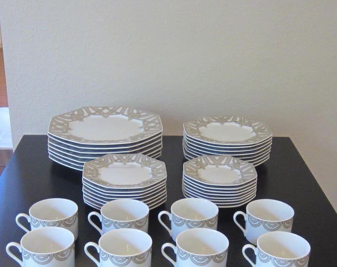 "Fitz & Floyd ""The Ritz Grey"" China Set, Intertwined Geometric Design, Octogonal Rimmed Plates, 39 Pieces"