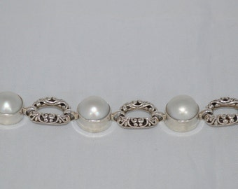 Sterling Silver Mother Of Pearl Toggle bracelet