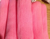 Soft Pink Mesh Exfoliatin...