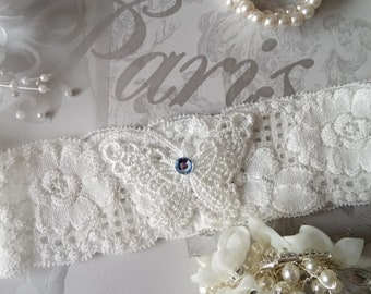 Something Blue  Wedding Garter,stretch  Ivory lace , off white , vintage Venise Butterfly