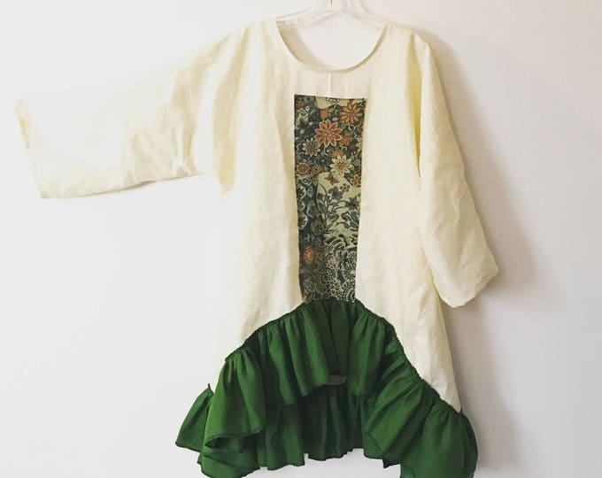 green kimono silk motif on lagenlook cream linen tunic / short dress / Kelly green ruffles / size M L  / ready to wear / wearable art