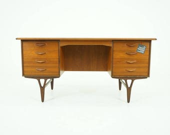 308-115 Danish Mid Century Modern Teak Writing Office Desk