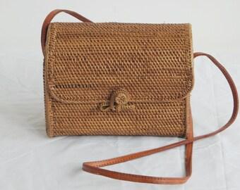 Square rattan bag. Natural woven straw square bag.