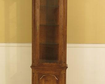 44903EC: ETHAN ALLEN Maple Curio Display Cabinet
