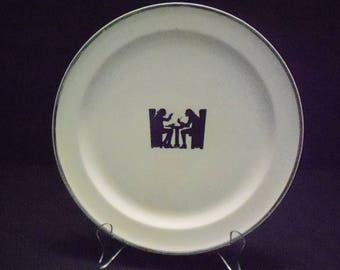 Silhouette 9 inch plate by TST Co.