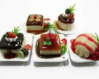 Dollhouse Miniatures Food 5 Fruit Pudding Ceramic Plates Desserts Sweet Supply Charms 13843