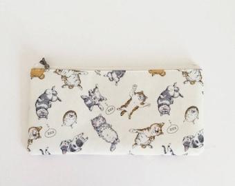 Flat  zipper pouch  -Sleeping animals