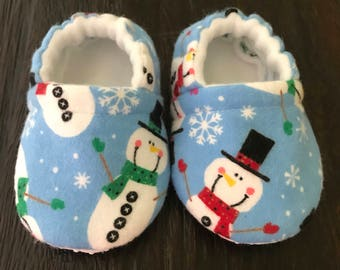 Snowman baby booties // snowman crib shoes