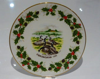Royal Grafton Twelve Days of Christmas 1981 Plate - Six Geese a Laying