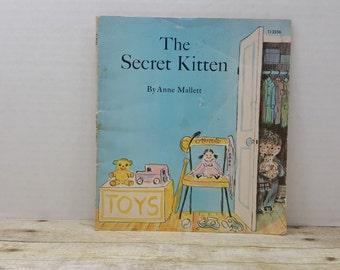 The Secret Kitten, 1972, Anne Mallett, vintage kids book