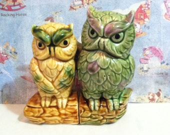 VERY RARE Vintage 1950's Owl Couple in Love Salt and Pepper Shakers Antique Collectibles or Cake Toppers
