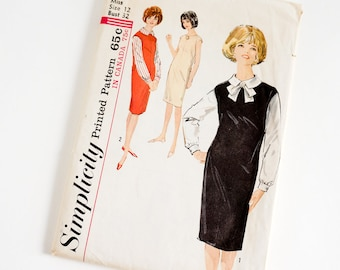 Vintage 1960s Womens Size 12 Jumper or Dress and Blouse Simplicity Sewing Pattern 5113 Complete / b32 w25 / Capped Shoulders