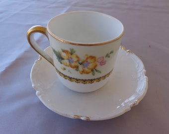 Vintage  Noritake Wildflower pattern mini cup with saucer - PrettyCup -  Flowers and gold trim.  A White saucer included