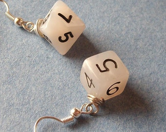 D6 D8 Dice Earrings - Dungeons and Dragons - White Pearl - Geek Gamer DnD Role Playing RPG