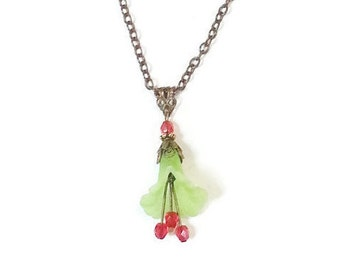 Lucite Floral Christmas Necklace - Christmas jewelry - Flower Necklace - Christmas Necklace