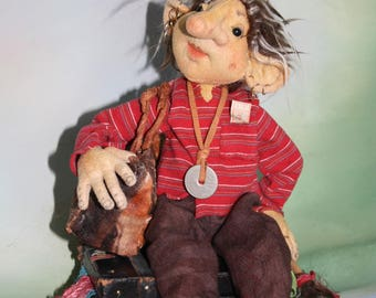 Peter the Pack Rat Troll