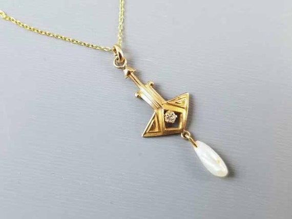 Petite antique Edwardian 10k gold diamond and pearl lavalier pendant necklace
