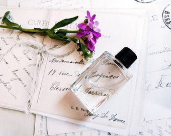 """Natural Violet Perfume oil """"Russe Violette"""" Natural fragrance Violets Mimosa Berries 5 ml cruelty free vegan Made from Scratch"""