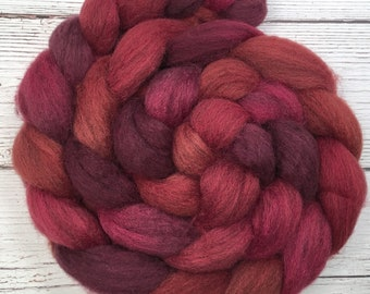 Handpainted Dark BFL Wool Roving - 4 oz. HOT LIPS - Spinning Fiber