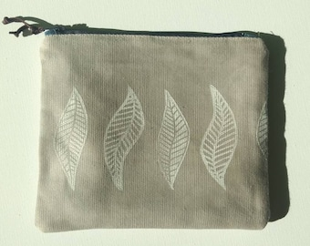 Hand Printed Waxed Zipper Pouch: Gray with leaves