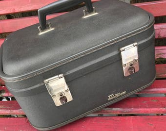 Vintage Grey Trojan Luggage Co Train Case or Overnight Suitcase