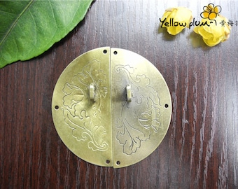 60*60 mm Antique Brass Color cabinet latch, door latch can match a lock A032