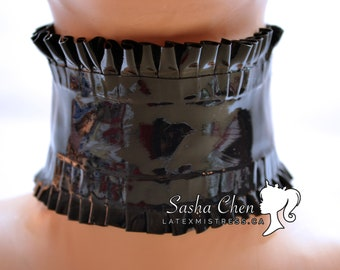 Latex MISTRESS Rubber Collar