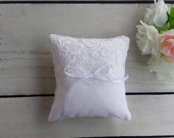 Lace ring pillow, White lace ring bearer pillow