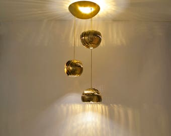 Iris Cluster: Chandelier lighting - LED - Brass