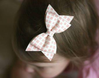 Peach Geometric Pattern LOTTIE BOW, Bow Clip, Baby Bow, Infant Headband, Summer Hair Bow, Spring Hair Bow, Peach Hair Bow