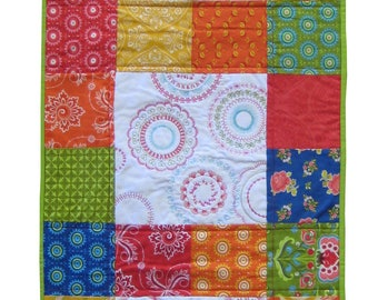 Charm Pack Circle Stitching Table Runner PDF Quilting Pattern (SMS-107PDF)