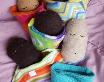 Sleepy Potato Family - small baby